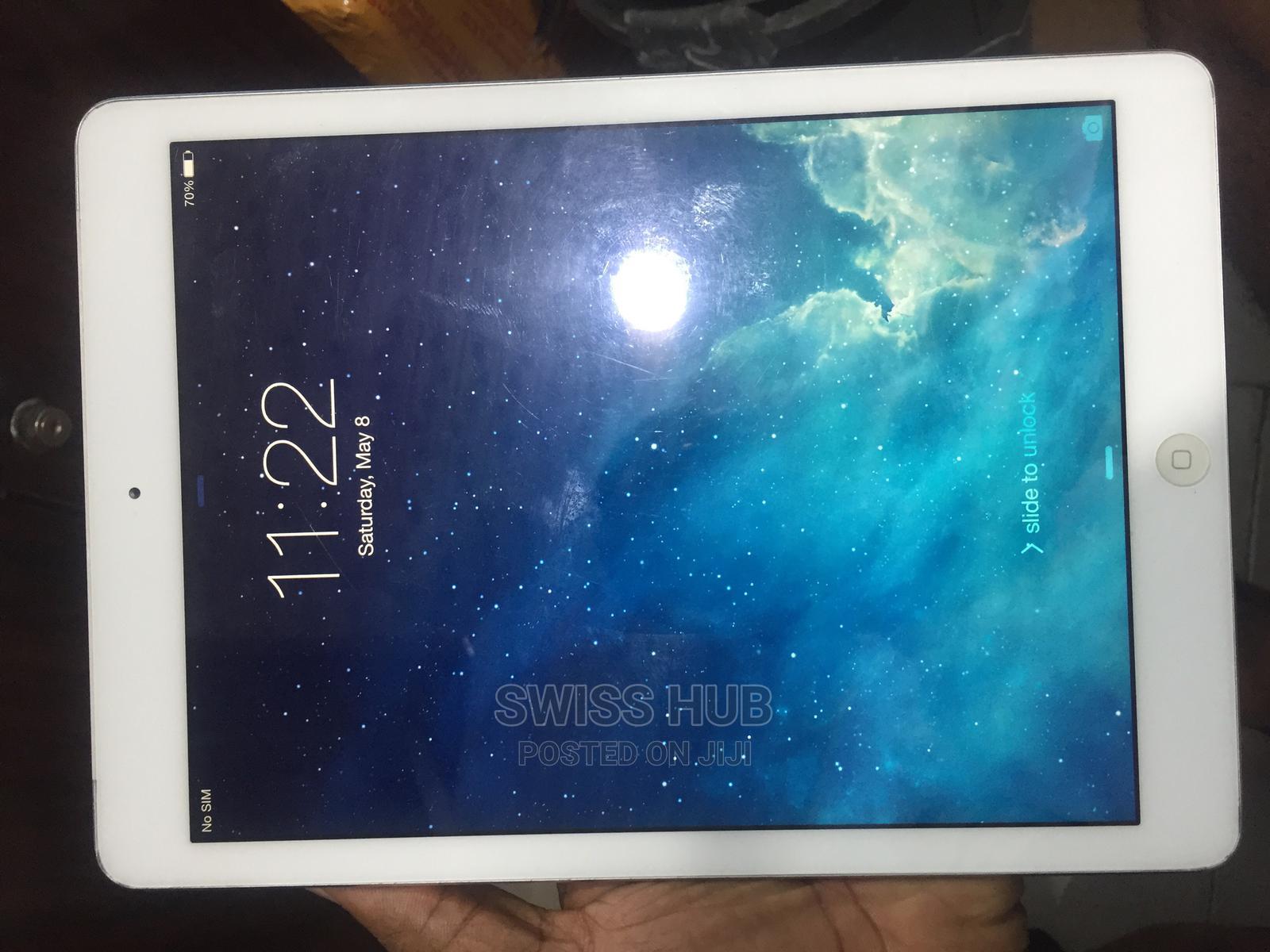 Apple iPad Air 64 GB White