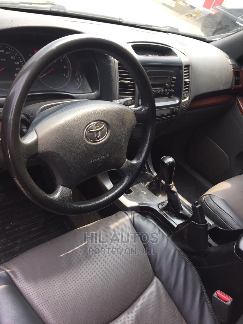 Archive: Toyota Land Cruiser Prado 2008 Black