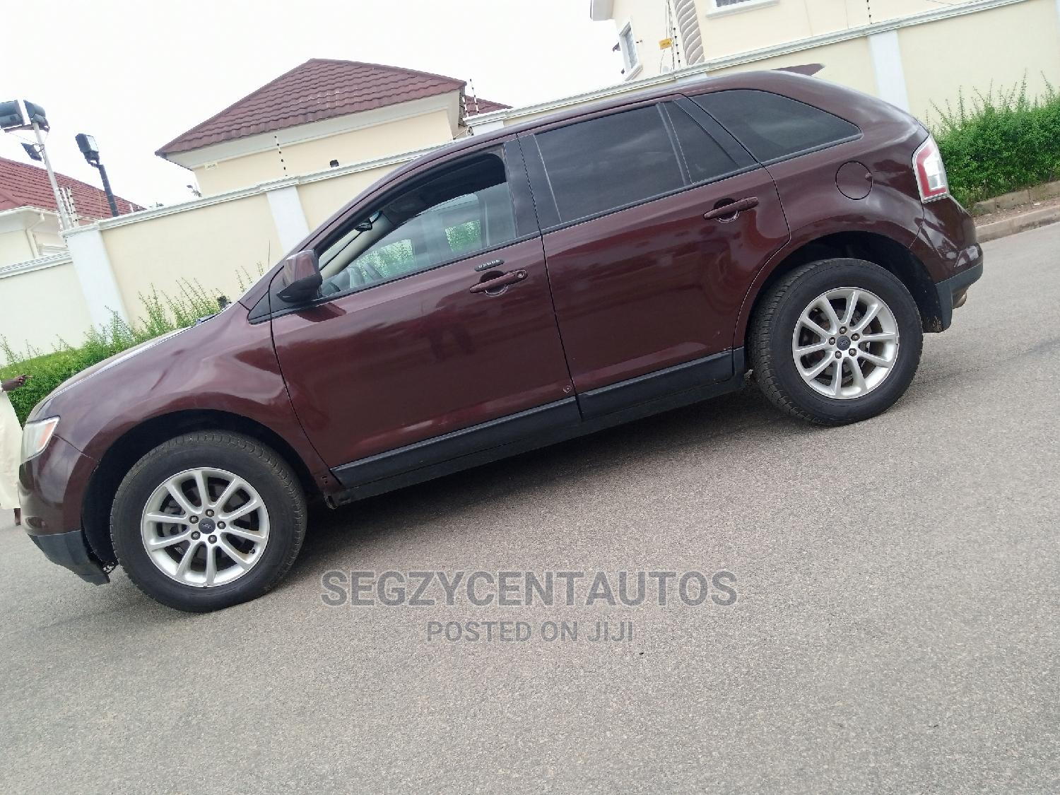 Archive: Ford Edge 2010 Brown