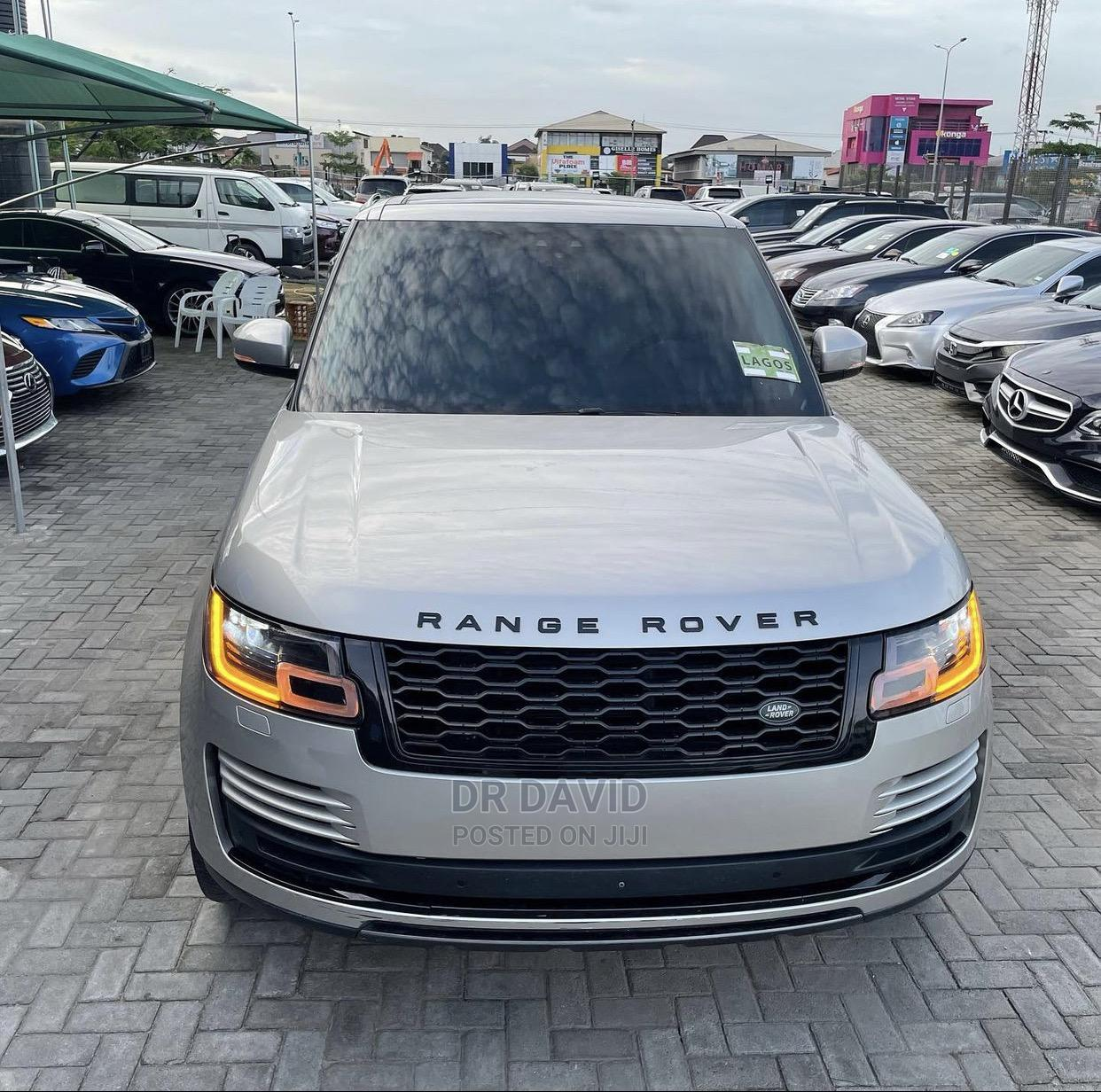 Archive: Land Rover Range Rover 2018 Silver