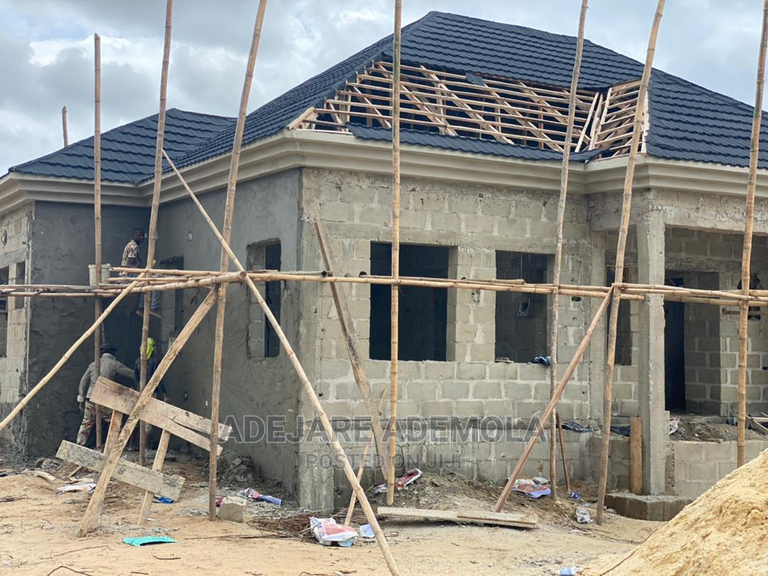 3bdrm Bungalow in 3 Bed Castle, Ibeju for Sale