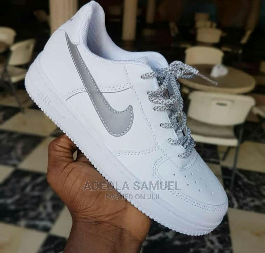 Archive: Nike Airforce With Glow in the Dark Detail