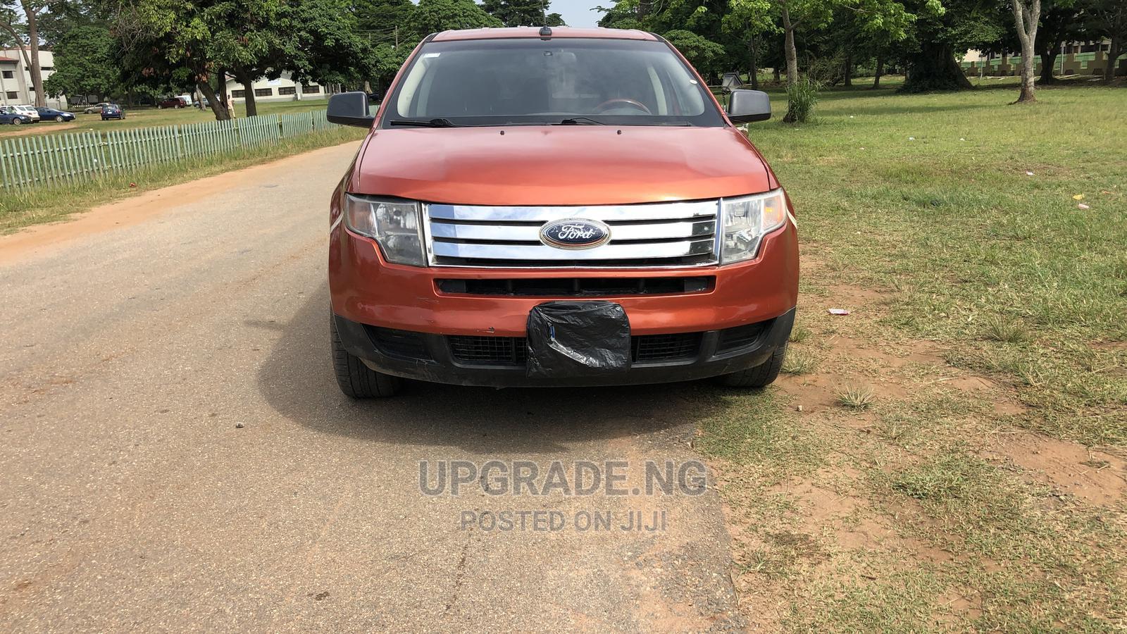 Archive: Ford Edge 2008 SE 4dr FWD (3.5L 6cyl 6A) Orange