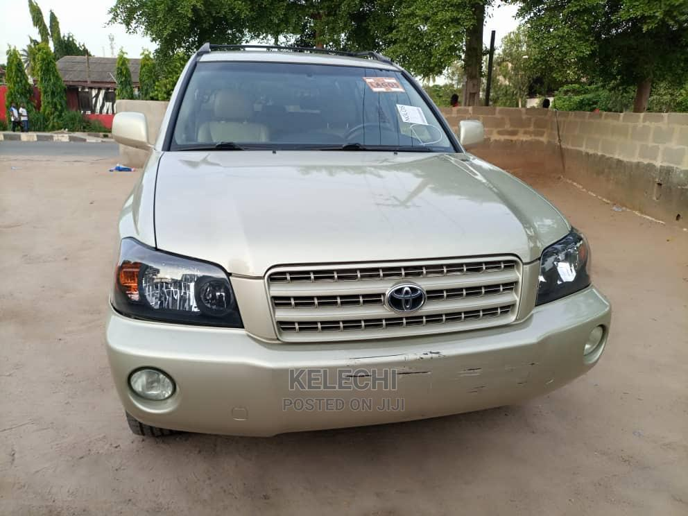 Toyota Highlander 2004 Limited V6 FWD Gold   Cars for sale in Ikeja, Lagos State, Nigeria