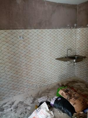 Lovely Clean Portable 2br Flat   Houses & Apartments For Rent for sale in Surulere, Lawanson