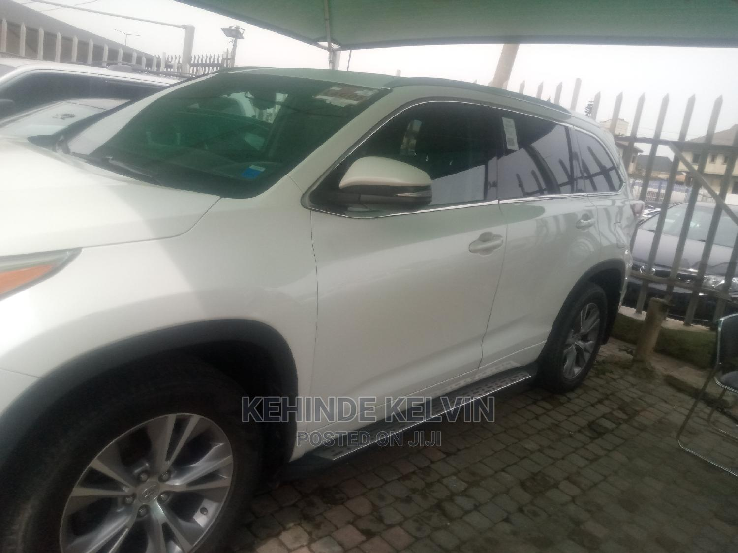Toyota Highlander 2015 White | Cars for sale in Ojodu, Lagos State, Nigeria