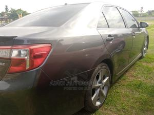 Toyota Camry 2019 XLE V6 (3.5L V6 8A) Gray | Cars for sale in Lagos State, Magodo