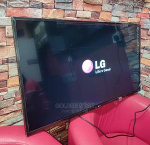 """New One LG 43""""Inchs Full HD LED TV Quality Picture + Bracket   TV & DVD Equipment for sale in Lagos State, Ojo"""