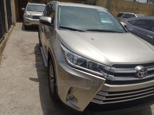 Toyota Highlander 2015 Gold | Cars for sale in Lagos State, Maryland