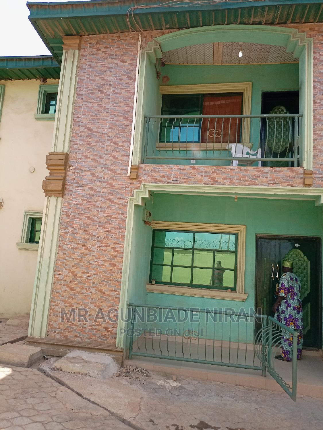 3bedrm Flat Borehole Water, Fenced and Gated at Ibadan Airport   Houses & Apartments For Rent for sale in Alakia, Ibadan, Nigeria
