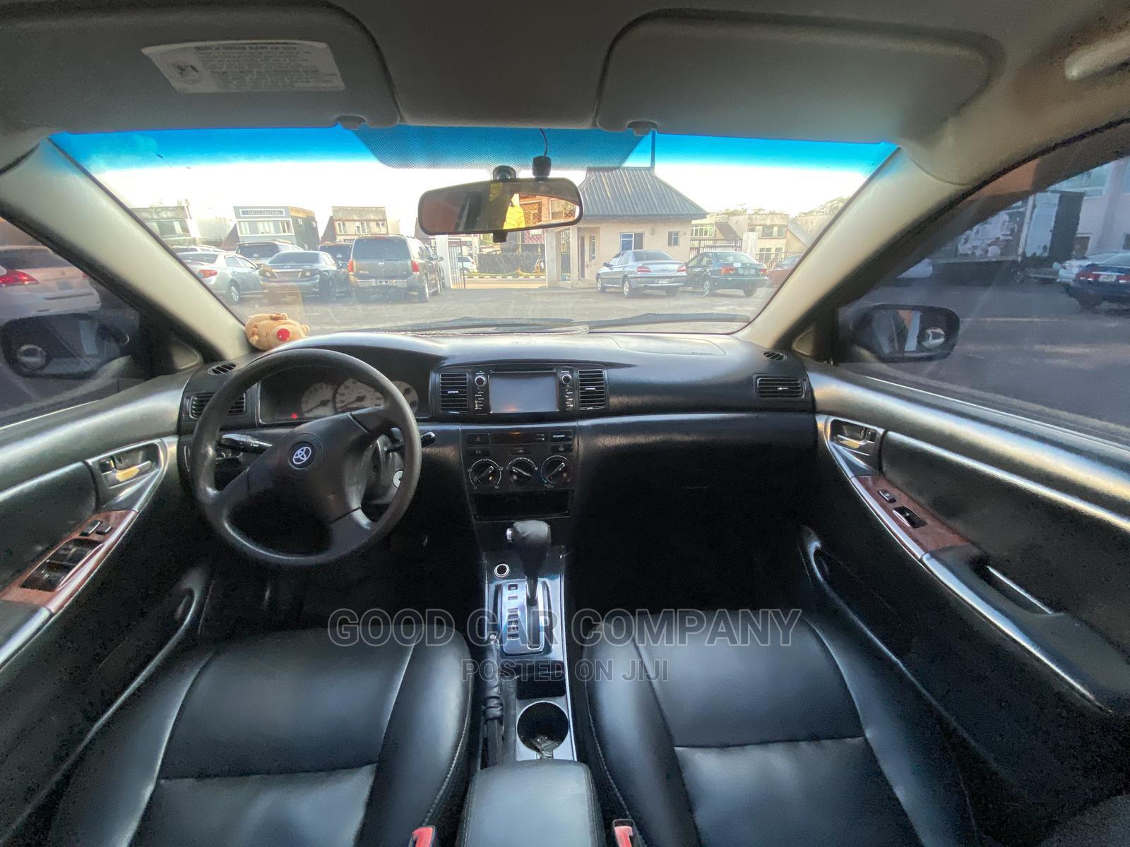 Archive: Toyota Corolla 2003 Silver