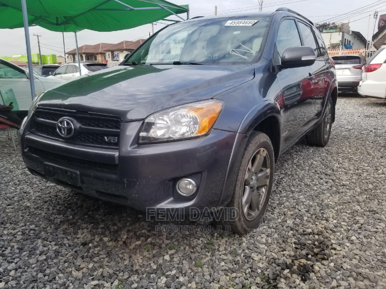 Toyota RAV4 2010 2.5 Sport 4x4 Gray | Cars for sale in Magodo, Lagos State, Nigeria