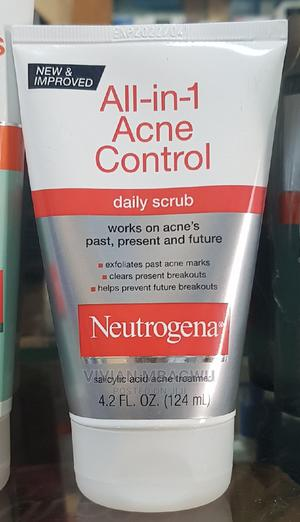 Neutrogena All in One Acne Control Daily Scrub | Skin Care for sale in Lagos State, Apapa