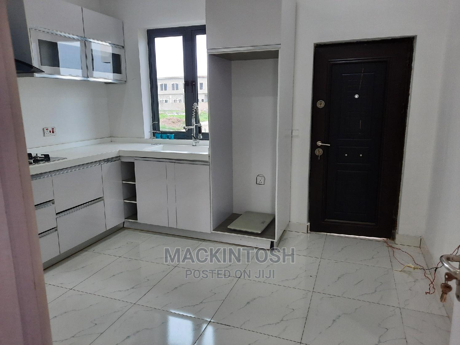 3 Bedroom Terrace Duplex in Secured Estate | Houses & Apartments For Sale for sale in Sangotedo, Ajah, Nigeria