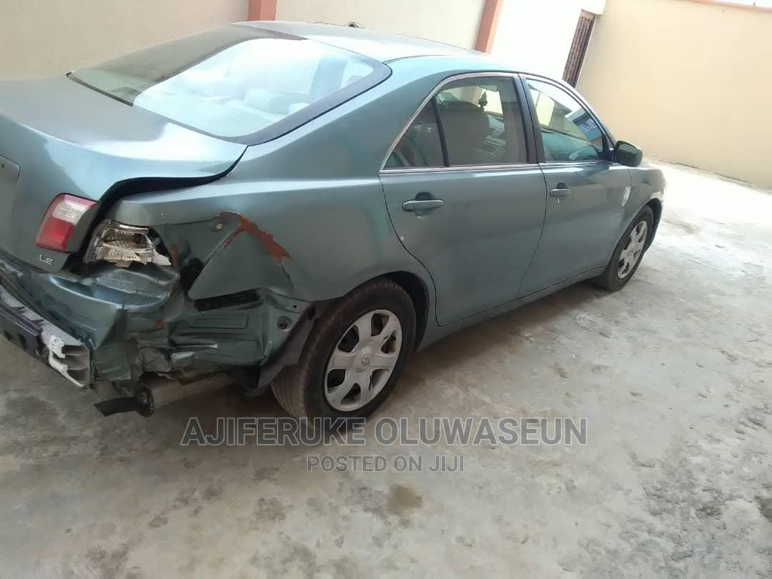 Archive: Toyota Camry 2007
