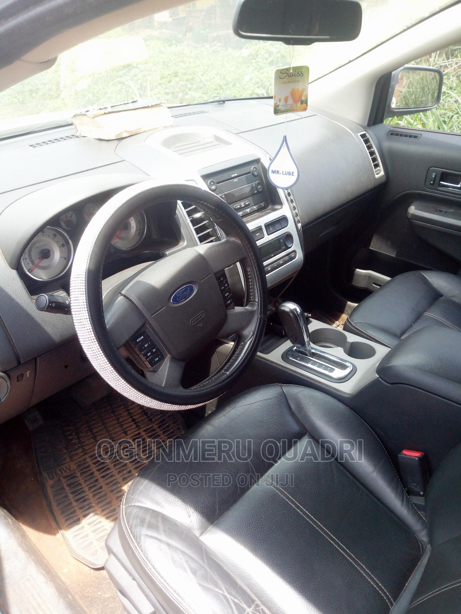 Archive: Ford Edge 2007 SE 4dr FWD (3.5L 6cyl 6A) Beige
