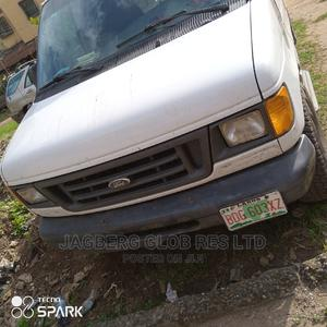 Ford E-350 2005 White | Buses & Microbuses for sale in Lagos State, Ifako-Ijaiye