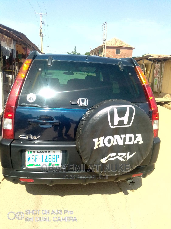Archive: Honda CR-V 2005 Automatic Blue