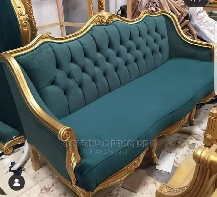 Royal Chair