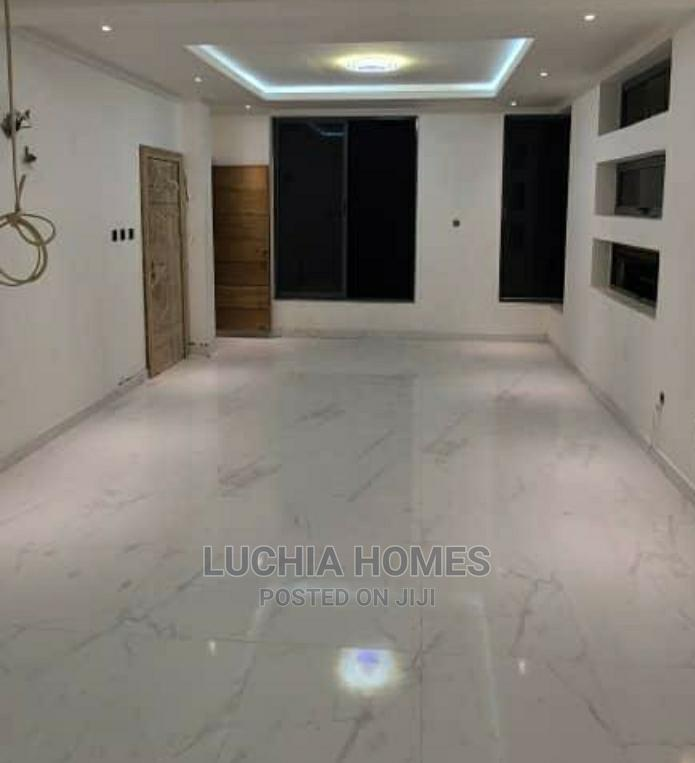 Archive: 5 Bedroom Fully Detached Duplex With Swimming Pool for Sale