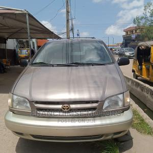 Toyota Sienna 1999 XLE Gray | Cars for sale in Lagos State, Isolo