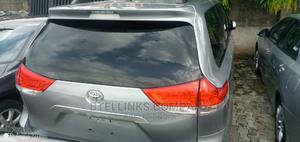 Toyota Sienna 2011 LE 8 Passenger Silver | Cars for sale in Lagos State, Ikeja