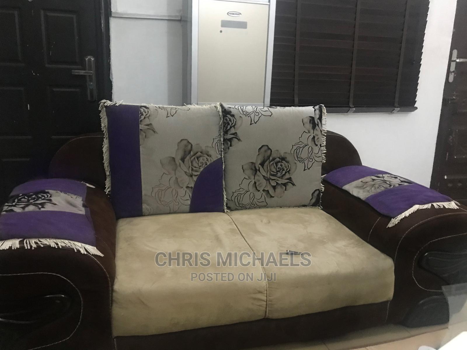 Executive Classic Couch   Furniture for sale in Enugu, Enugu State, Nigeria