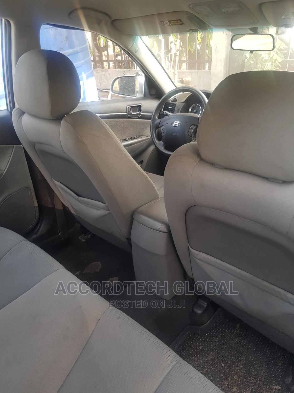 Archive: Hyundai Sonata 2009 3.3 V6 GLS Automatic Silver