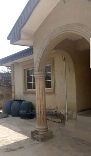 4 Bedroom Bungalow With 2 Sitting Rooms for Sale in Ibadan | Houses & Apartments For Sale for sale in Oyo State, Ibadan