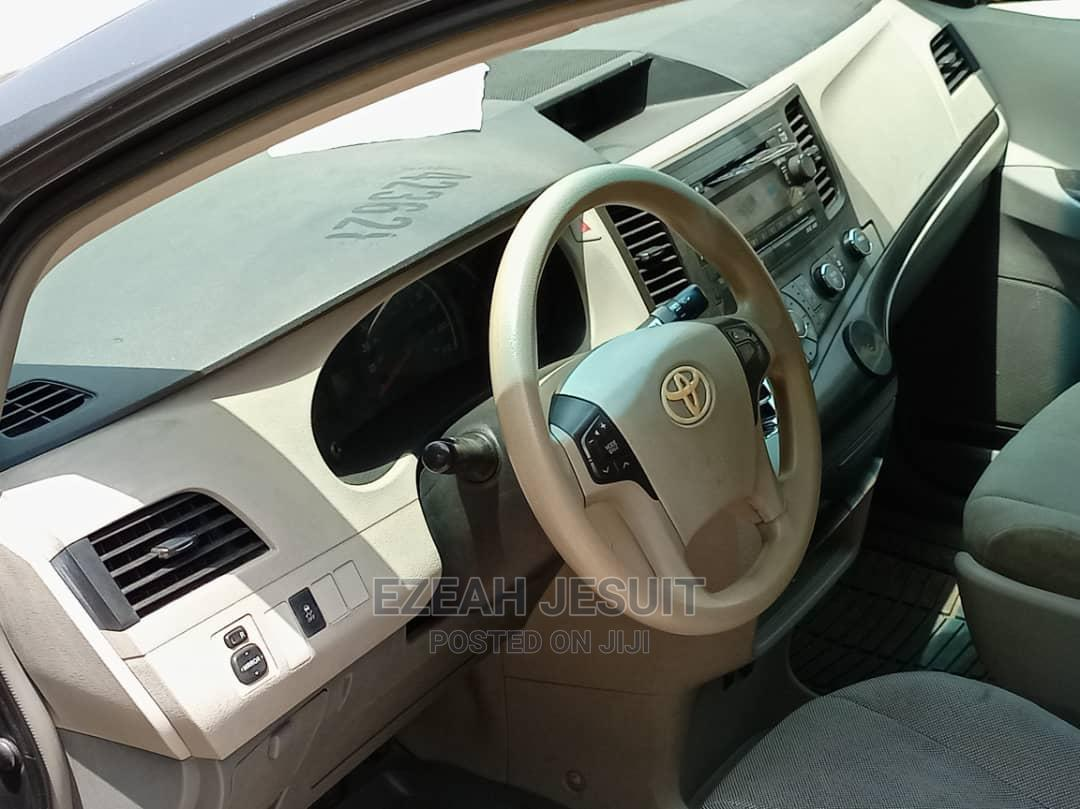 Toyota Sienna 2011 Gray | Cars for sale in Apapa, Lagos State, Nigeria