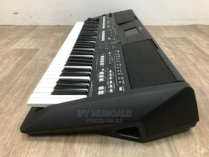 Professional Keyboard PSR-SX600 | Musical Instruments & Gear for sale in Lagos State, Ojo