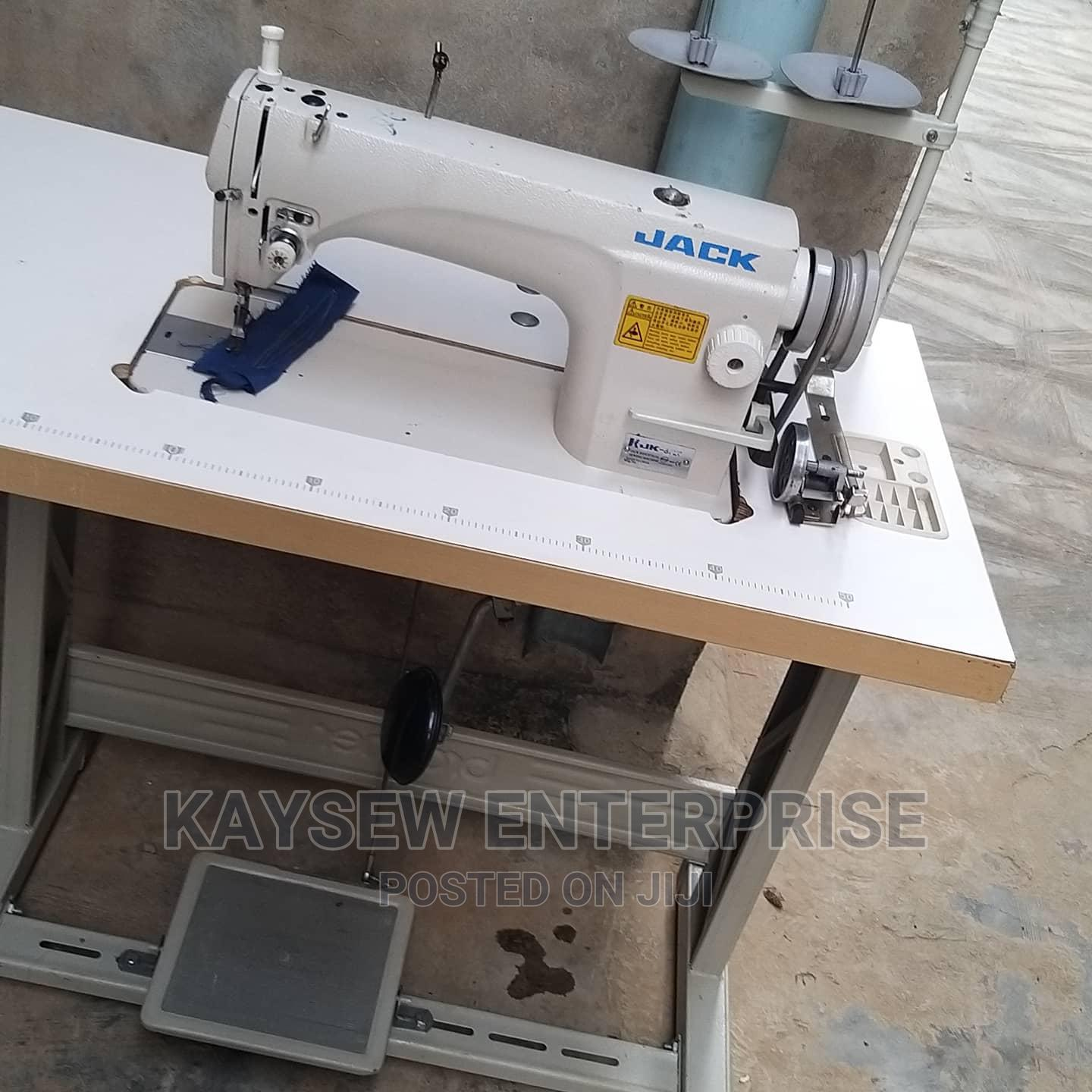 Tokunbo Industrial Straight Sewing Machine   Home Appliances for sale in Ikorodu, Lagos State, Nigeria