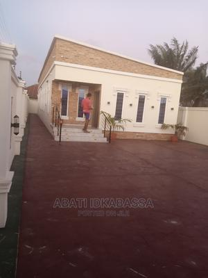 4bdrm Block of Flats in Niger Estate, Lakowe for Sale | Houses & Apartments For Sale for sale in Ibeju, Lakowe