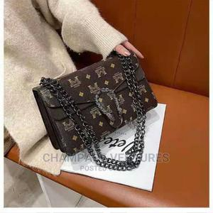 Beautiful Women's Shoulder Bag With Gold Lock and Handle | Bags for sale in Lagos State, Ojo