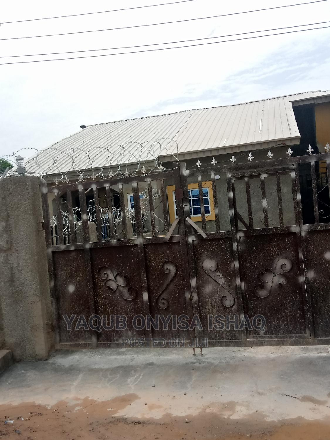 2 Bedrooms Bungalow for Rent in Police Quarter, Kubwa