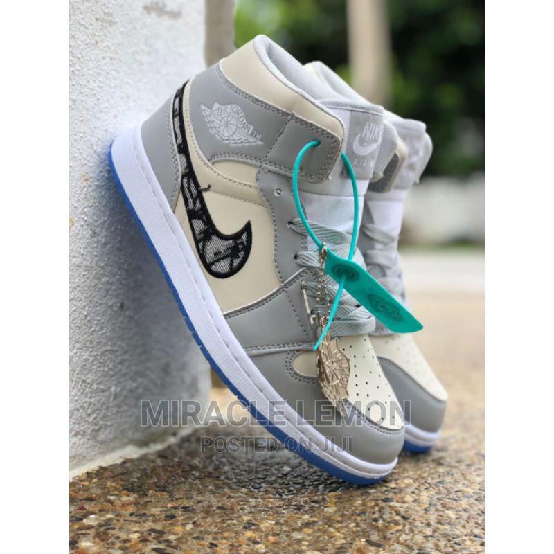 Archive: Original Nike Sneakers