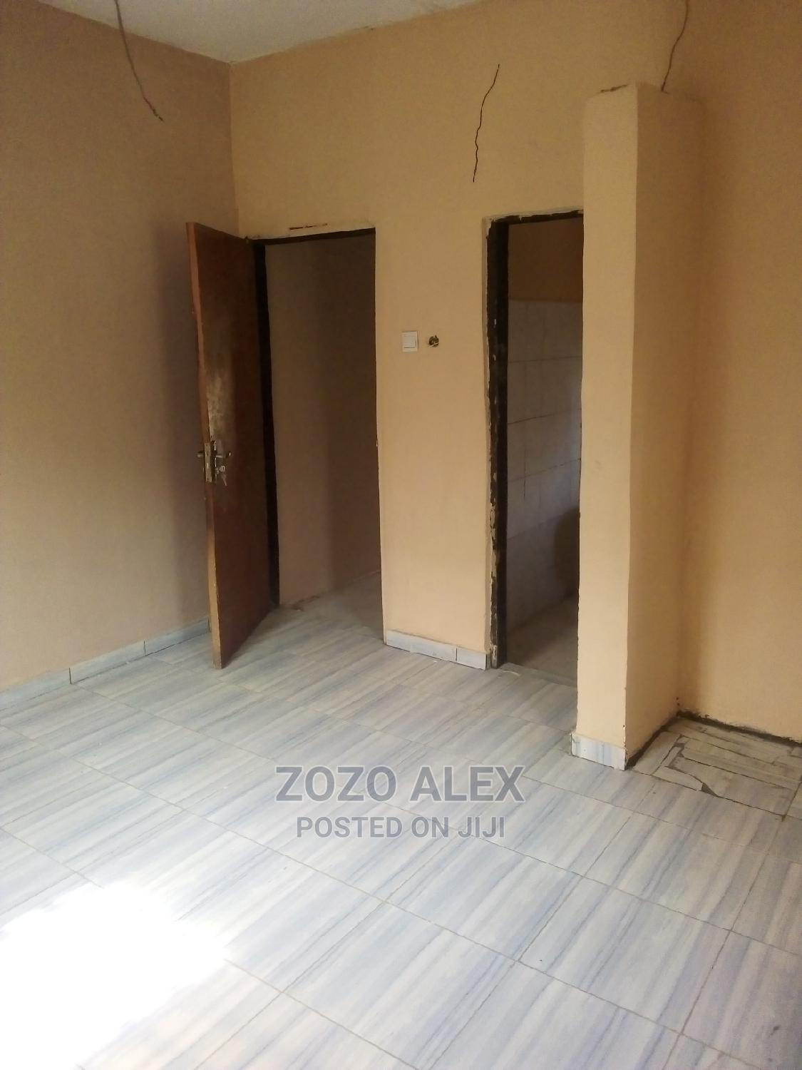 Archive: 2 Bedrooms Bungalow for Rent in Arab Road, Kubwa