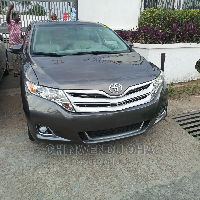 Archive: Toyota Venza 2013 Gray