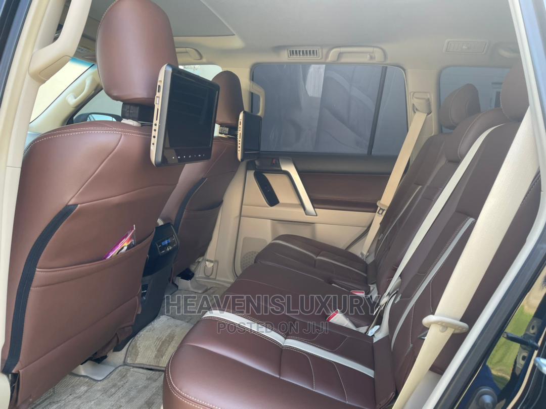 Archive: Toyota Land Cruiser Prado 2019 VXR Black