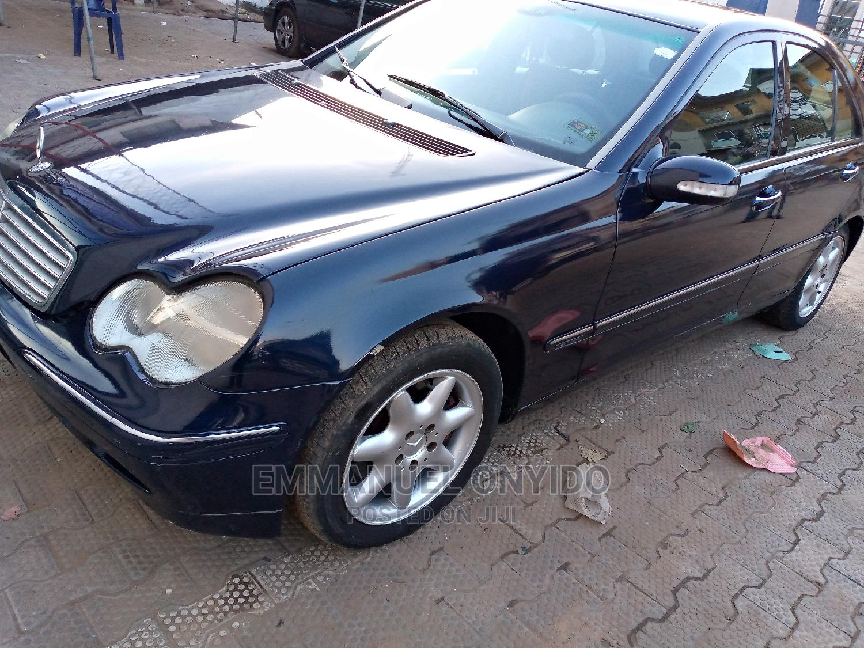 Mercedes-Benz C240 2004 Blue