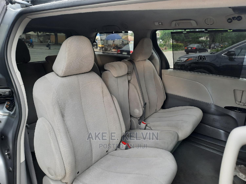 Toyota Sienna 2011 LE 7 Passenger Gray | Cars for sale in Amuwo-Odofin, Lagos State, Nigeria