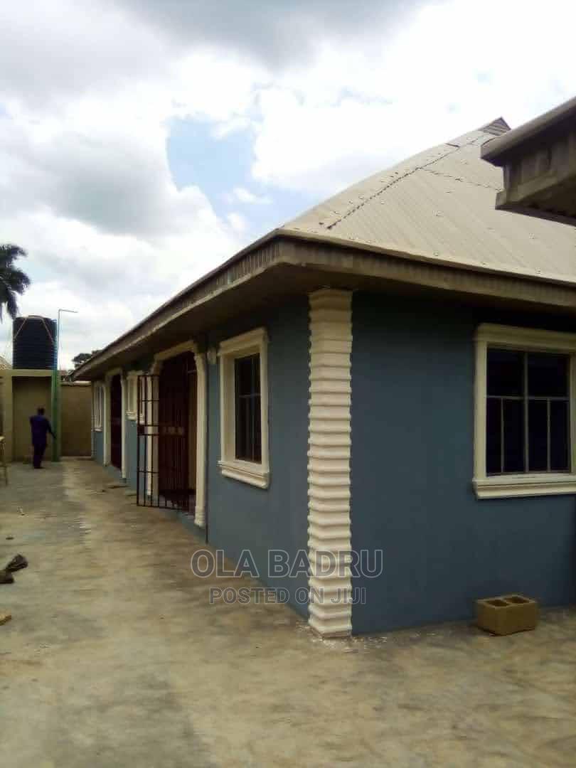 2 Bedrooms Bungalow for Rent in Lagbe, Ibadan