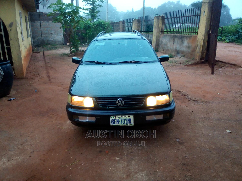 Archive: Volkswagen Passat 1996 1.8 Green