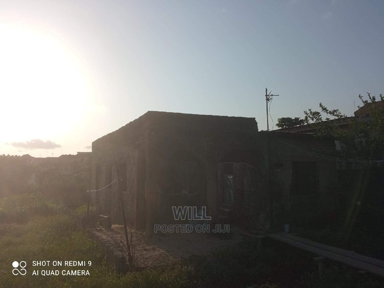 Half Plot of Land Beside Magodo Phase 2 for Sale   Land & Plots For Sale for sale in Ketu-Ikosi, Kosofe, Nigeria