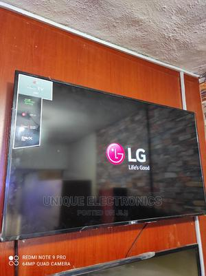 """2021 New LG 43""""Inch LED FULL HD TV + Picture Wizard + Mount 