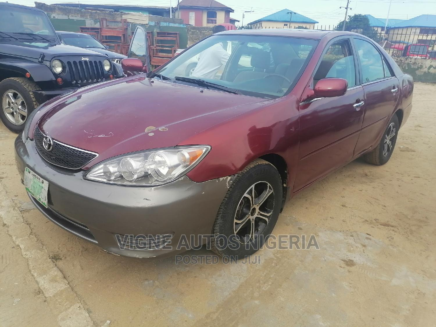 Archive: Toyota Camry 2003 Red