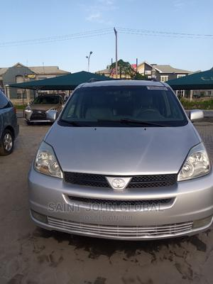 Toyota Sienna 2009 XLE AWD Silver   Cars for sale in Lagos State, Ajah