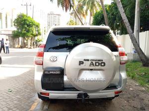 Toyota Land Cruiser Prado 2014 GXL Silver | Cars for sale in Lagos State, Lekki