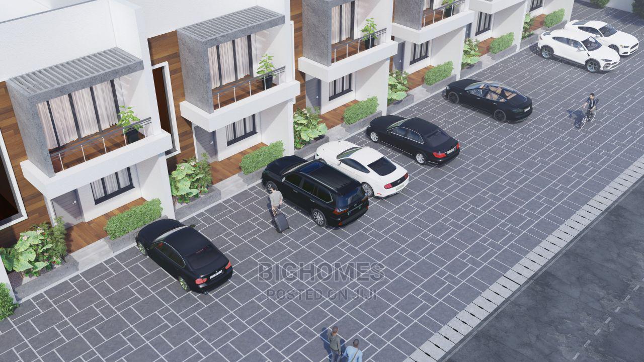4 Bedrooms Duplex for Sale in Bighomes, Mabushi