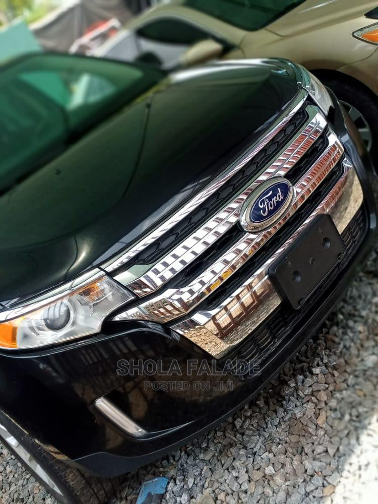 Archive: Ford Edge 2013 SE 4dr FWD (3.5L 6cyl 6A) Black